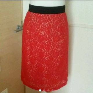 グラスライン(Glass Line)のレース タイト スカート 赤 きれいめ(ひざ丈スカート)