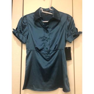 マンゴ(MANGO)のMANGO新品 サテンブラウス(シャツ/ブラウス(半袖/袖なし))