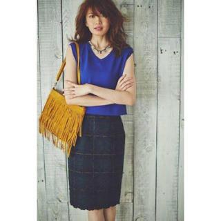 アプワイザーリッシェ(Apuweiser-riche)のチェック刺繍 タイトスカート グリーン ブロックチェック(ひざ丈スカート)