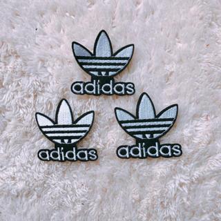 アディダス(adidas)のアディダス二枚(各種パーツ)
