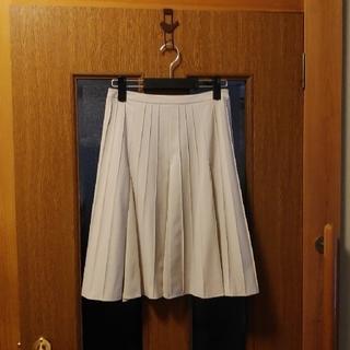 ダイマル(大丸)の古着 ミセス プリーツスカート(ひざ丈スカート)