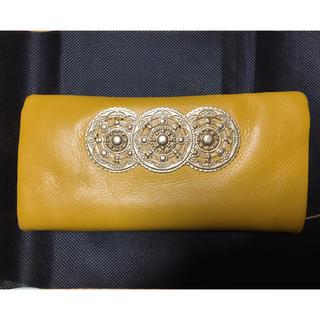 パピヨネ(PAPILLONNER)のパピヨネ  本革 長財布 黄色 イエロー(財布)
