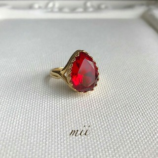 vintageガラスリング しずく型 レッド(リング(指輪))