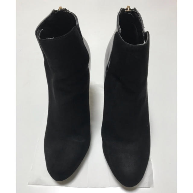 ZARA(ザラ)のZARA ショートブーツ 黒 37 ブーティー レディースの靴/シューズ(ブーツ)の商品写真