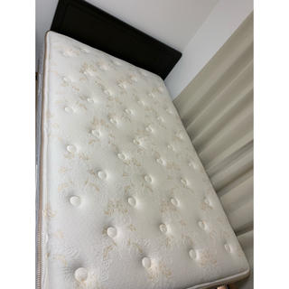 シモンズ(SIMMONS)のSIMMONS EXECUTIVE Beautyrest Premium(セミダブルベッド)
