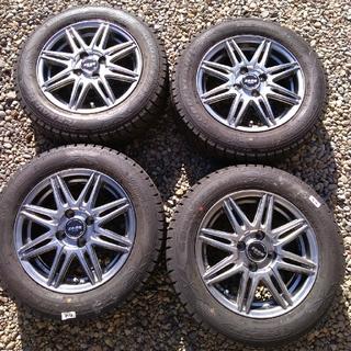 グッドイヤー(Goodyear)のスタッドレスタイヤ+アルミホイール4本セット(タイヤ・ホイールセット)
