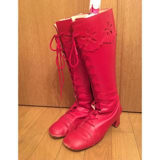 エミリーテンプルキュート(Emily Temple cute)のエミリーテンプルキュート♡お花型抜き編み上げブーツ 赤(ブーツ)