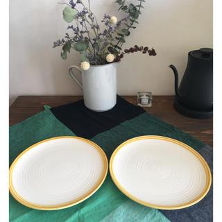ザラホーム(ZARA HOME)のZARA HOME ザラホーム  黄色 プレート 22cm 2枚(食器)