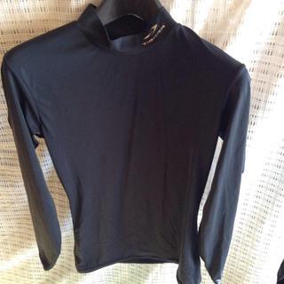 ティゴラ(TIGORA)のS1 フィットシャツ TIGORA(トレーニング用品)