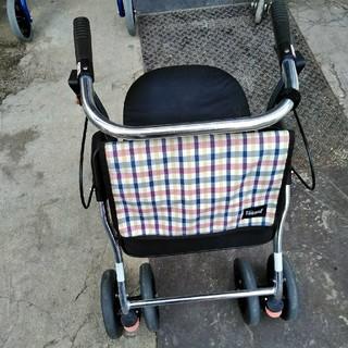 介護用歩行車、歩行補助車、車椅子、爻互歩行器、介護用べット、爻互歩行器、(歩行器)