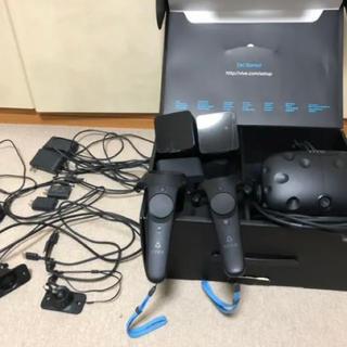 ハリウッドトレーディングカンパニー(HTC)のHTC VIVE VR 美品箱付き。アームセット。(PCゲームソフト)