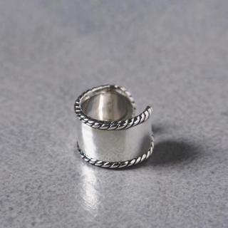 ビューティアンドユースユナイテッドアローズ(BEAUTY&YOUTH UNITED ARROWS)のツイストリング(リング(指輪))