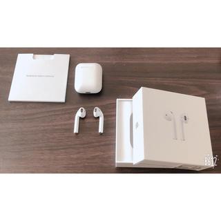アイフォーン(iPhone)のiPhone airpods(ヘッドフォン/イヤフォン)
