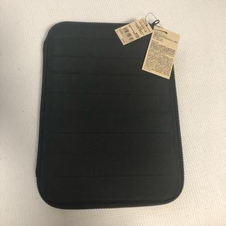 MUJI (無印良品) - 新品未使用 無印良品 MUJI ガジェット タブレットケース ハード