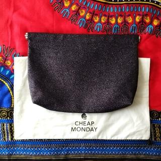 チープマンデー(CHEAP MONDAY)のCHEAP MONDAY✺クラッチバッグ(クラッチバッグ)