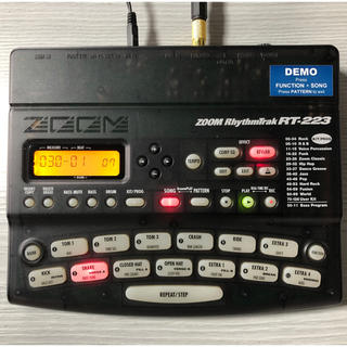 ズーム(Zoom)のZOOM RhythmTrak RT-223 サンプラー完動品です(エフェクター)