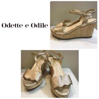 オデットエオディール(Odette e Odile)のオデットエオディール  ゴールドレザー  ウエッジサンダル(サンダル)