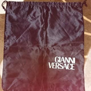 ジャンニヴェルサーチ(Gianni Versace)の黒 ヴェルサーチ 袋(ポーチ)