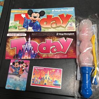 ディズニー(Disney)のカウントダウンチケット使用済み、ペンライトは未使用品♥(遊園地/テーマパーク)