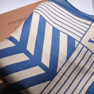 ルイヴィトン(LOUIS VUITTON)のルイヴィトン ブランケット タオルケット カラコラム柄 ベージュ ブルー 美品 (タオル/バス用品)