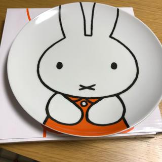 サンリオ(サンリオ)のミッフィーのお皿x4(食器)