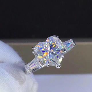 【3カラット】輝くモアサナイトダイヤモンド リング(リング(指輪))