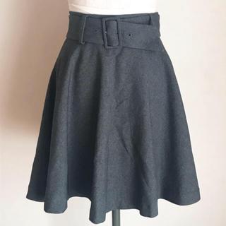 キッカザダイアリーオブ(KIKKA THE DIARY OF)のKIKKA フレアスカート 美品(ひざ丈スカート)