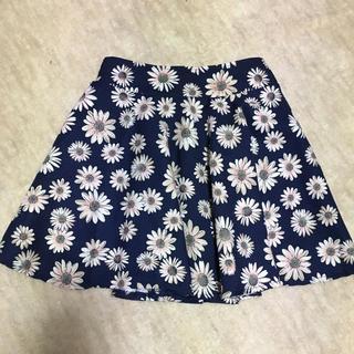 アラマンダ(allamanda)の花柄スカート(ミニスカート)