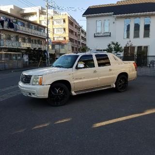 キャデラック(Cadillac)のエスカレードEX(車体)