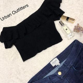 アーバンアウトフィッターズ(Urban Outfitters)の海外物オフショルトップス(カットソー(半袖/袖なし))