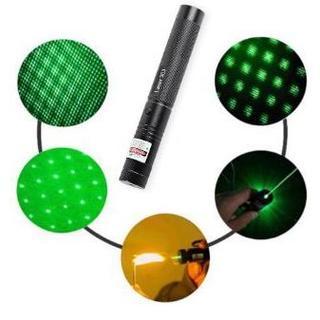 強力レーザーポインター 星空フィルタ 緑 動作確認済 電池・充電器付き 送料無料(ストーブ/コンロ)