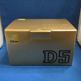 新品 Nikon D5 XQD-Type 3年保証 液晶保護ガラス付き ニコン