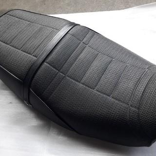 カワサキ(カワサキ)のカワサキ ZRX400  純正シート(パーツ)