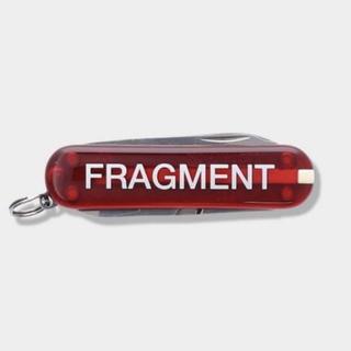 フラグメント(FRAGMENT)のFRAGMENT VICTORINOX CLASSIC 赤 コンビニ 藤原ヒロシ(キーホルダー)