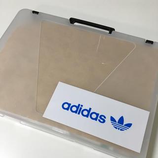 アディダス(adidas)の【SALE】 adidasステッカー 2枚(しおり/ステッカー)