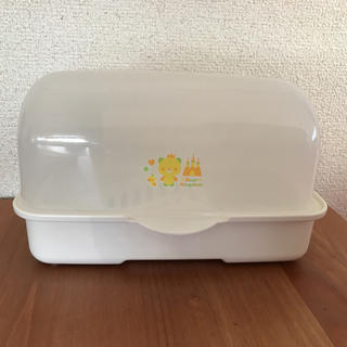 ニシマツヤ(西松屋)の哺乳瓶 消毒器(哺乳ビン用消毒/衛生ケース)