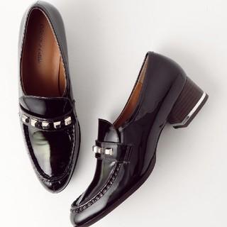 オデットエオディール(Odette e Odile)の新品オデイットエオディール スクエアスタッズ ローファー スリッポン 22cm(ローファー/革靴)