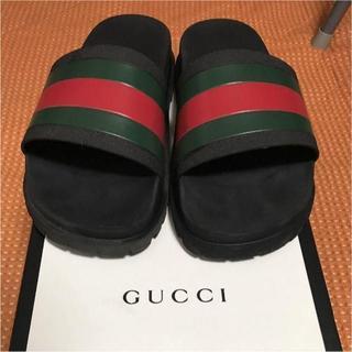 グッチ(Gucci)の美品 GUCCI スライドサンダル 27センチ(サンダル)