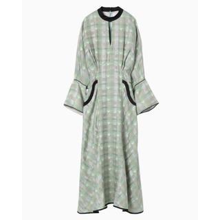 マメ(mame)のmamekurogouchi KASURI Plaid dress green(その他ドレス)