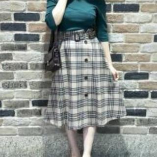 アストリアオディール(ASTORIA ODIER)のチェックスカート(ひざ丈スカート)