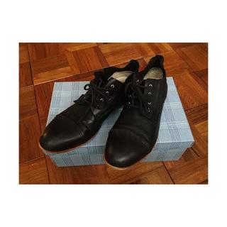 シップス(SHIPS)のSHIPSで購入 WHISTLE AND FLUTEの黒の革靴 美品 箱あり(ドレス/ビジネス)