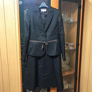 トラサルディ(Trussardi)の☆トラサルディ☆ワンピーススーツ☆40サイズ☆卒業式入学式に☆(スーツ)