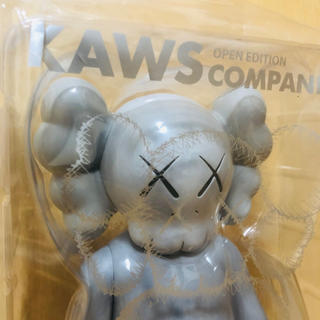 MEDICOM TOY - KAWS companion open edition