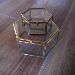 マライカ(MALAIKA)のガラスケース リングピロー Lサイズ(リングピロー)