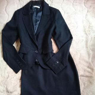 エルプラネット(ELLE PLANETE)のELLE PLANETE☆エルプラネット 黒地折柄スーツ 40(L程度)(スーツ)