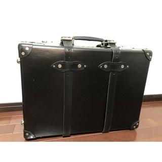 グローブトロッター(GLOBE-TROTTER)のGLOBE TROTTER キャリーバック 黒(スーツケース/キャリーバッグ)