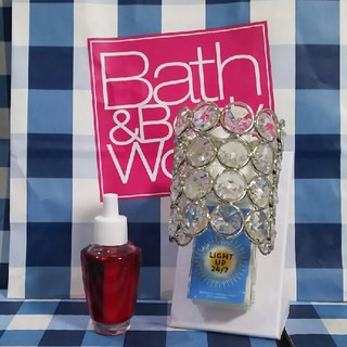 バスアンドボディーワークス(Bath & Body Works)のおまけ付き! バスアンドボディワークス ウォールフラワー プラグ(アロマポット/アロマランプ/芳香器)