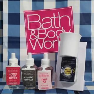 バスアンドボディーワークス(Bath & Body Works)のバスアンドボディワークス ウォールフラワー プラグ&リフィルセット(アロマポット/アロマランプ/芳香器)