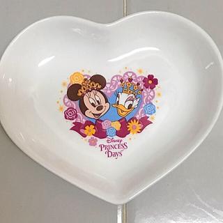 ディズニー(Disney)の東京ディズニーランド プリンセスデイズ  スーベニア プレート 未使用 陶器製(小物入れ)