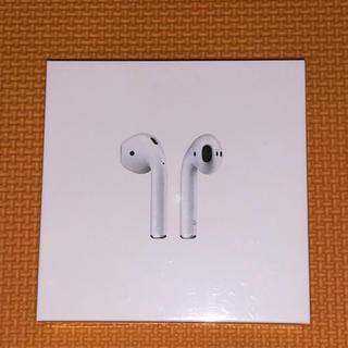 アップル(Apple)のAirPods(ストラップ/イヤホンジャック)